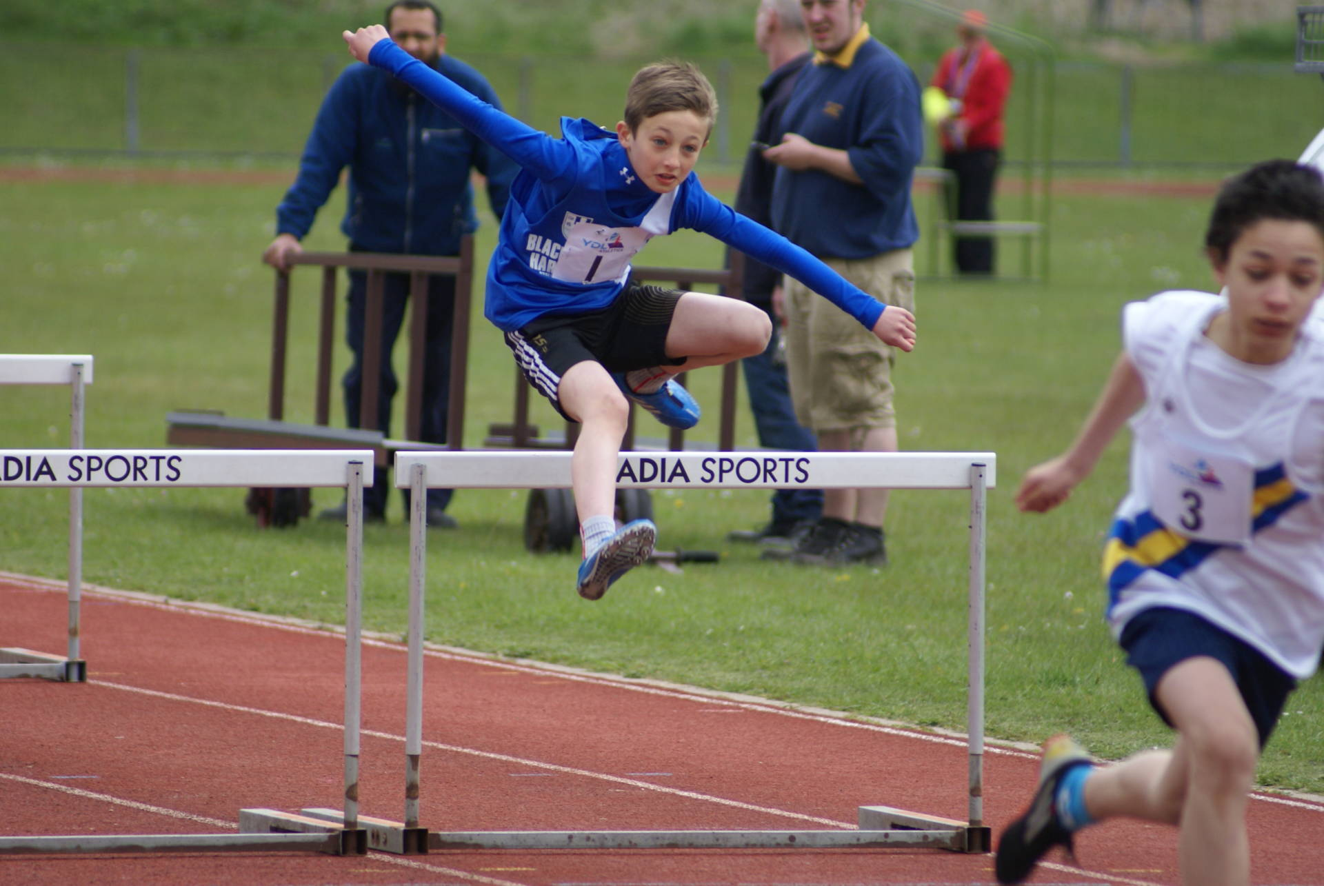 Harriers Youngsters in the UKYDL