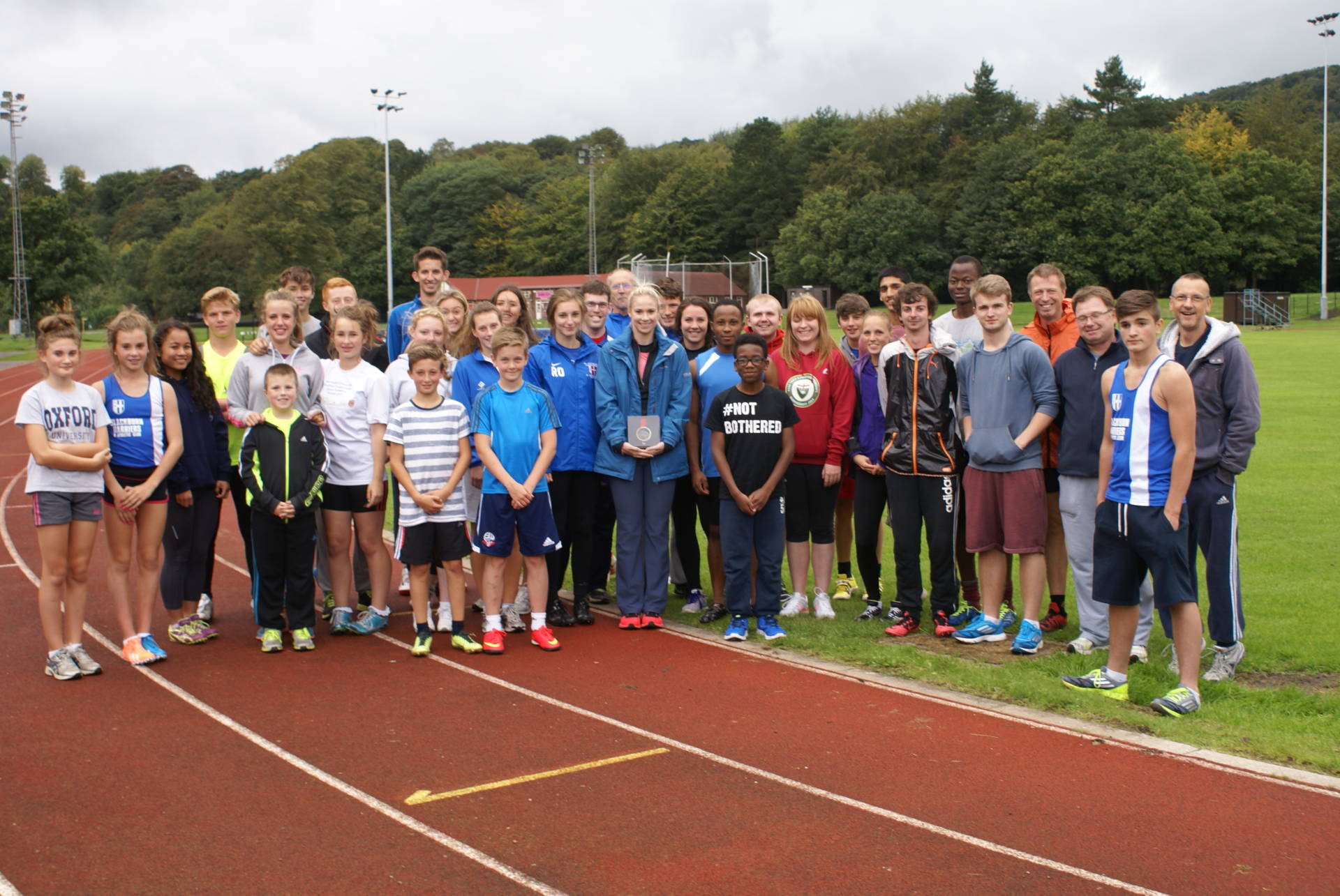 Harriers welcome Sophie Hitchon with her Commonwealth Games Bronze Medal