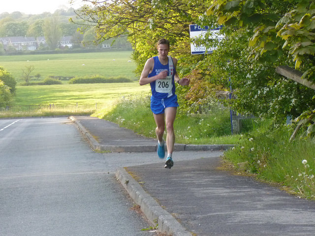 Individual & Team Wins for the Harriers at Horwich Jubilee Race