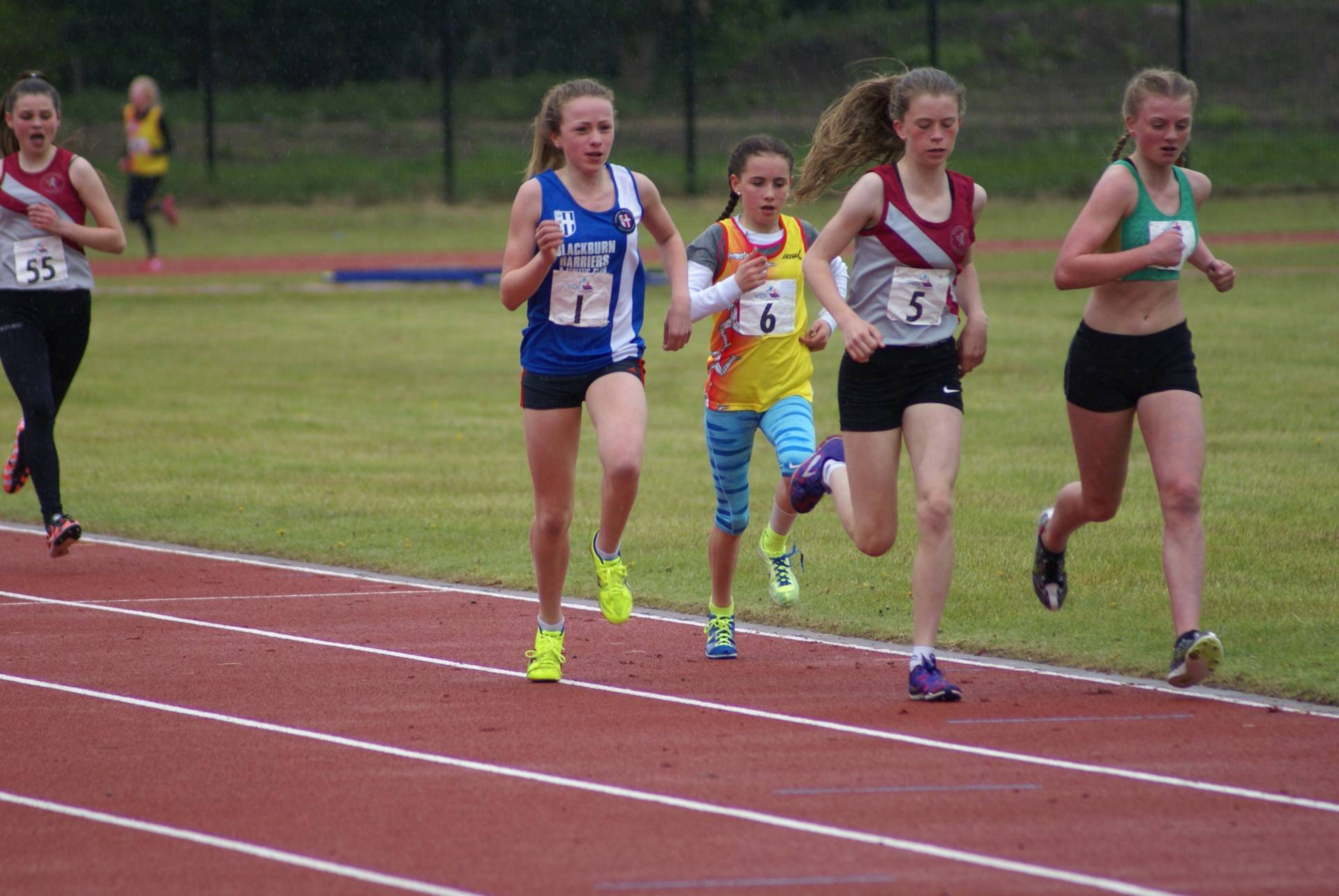 20 Wins and 19 PB's in a great start for the Harriers in YDL U13 & U15 League
