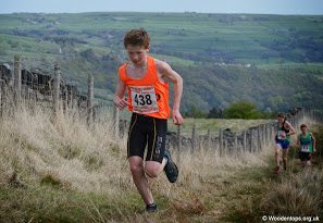 Josh has a win double on the Fells – Laura sets new 5k PB – and Harriers youngsters enjoy Astley Park
