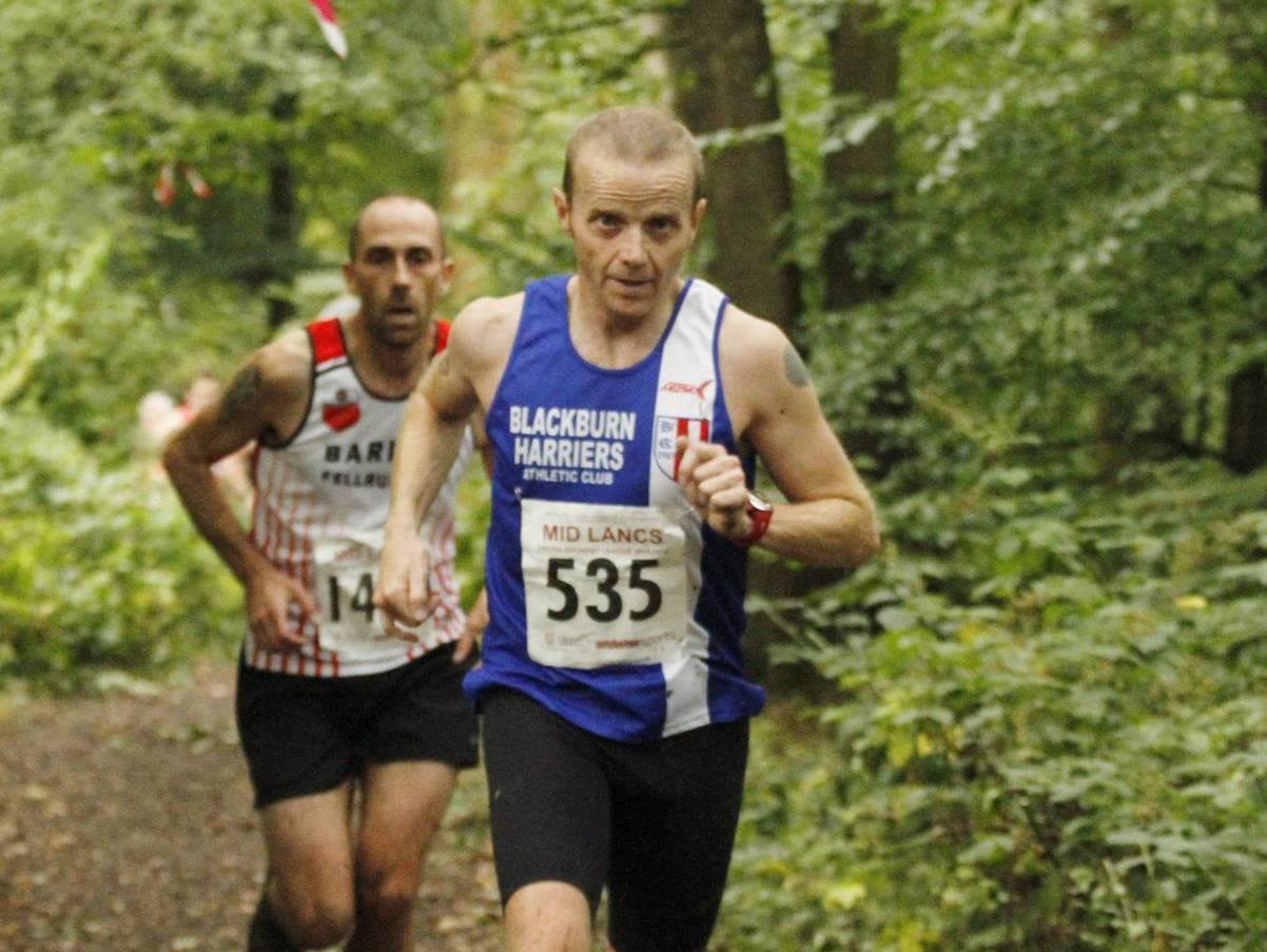 Great start for the Harriers in Mid Lancs Cross Country League with Individual and Team wins