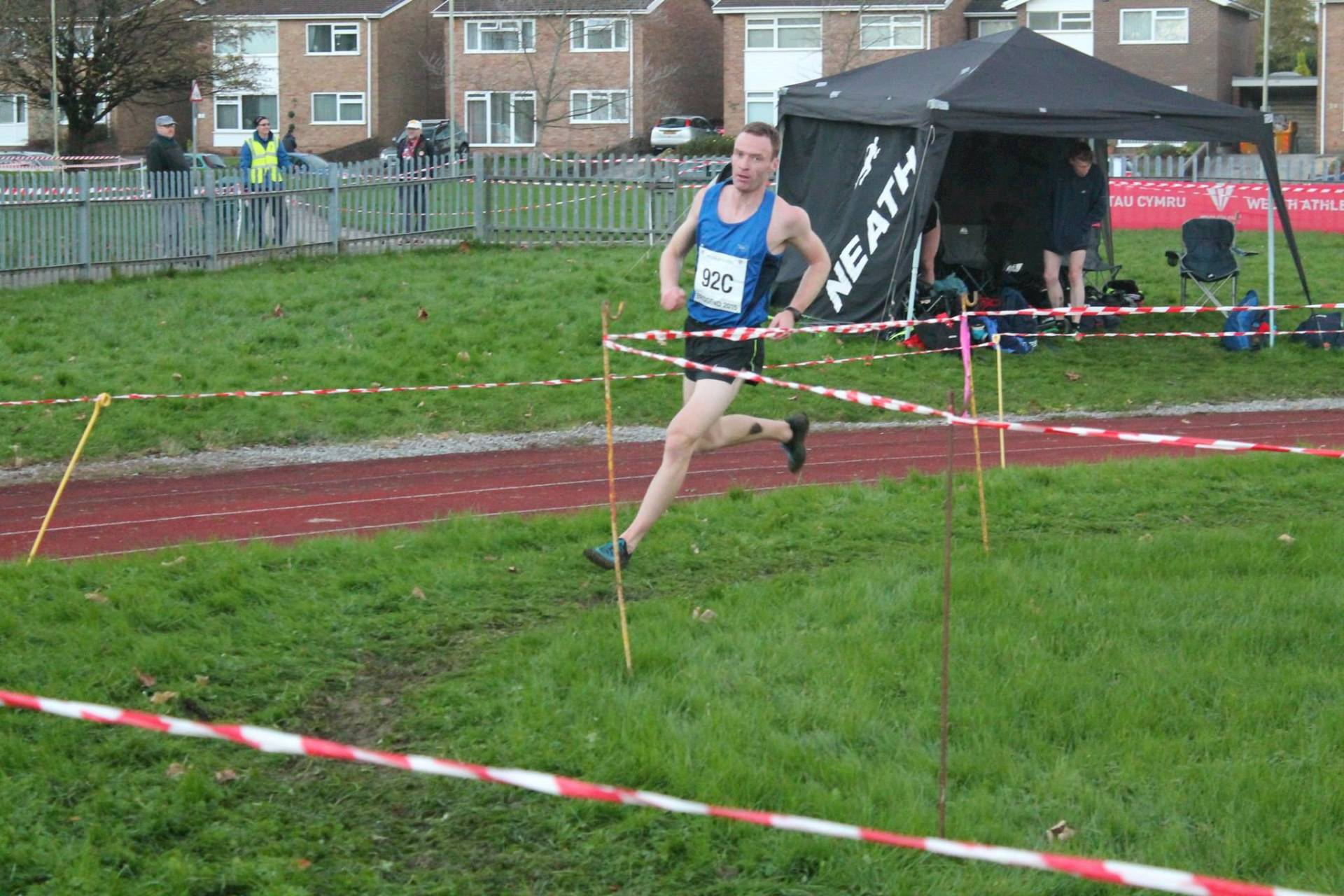 Bob wins again in the Mountains – Paul PB's over 3000m – Wins for Chris & Joe in Park 5k – Longridge 7 – All the fun of the Turkey Trot