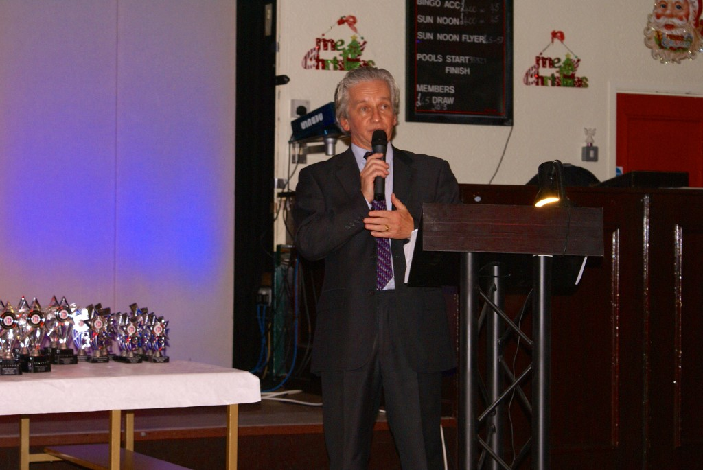 Master of Ceremonies - Club Chairman Tony Wood and newly elected Chairman of Northern Athletics