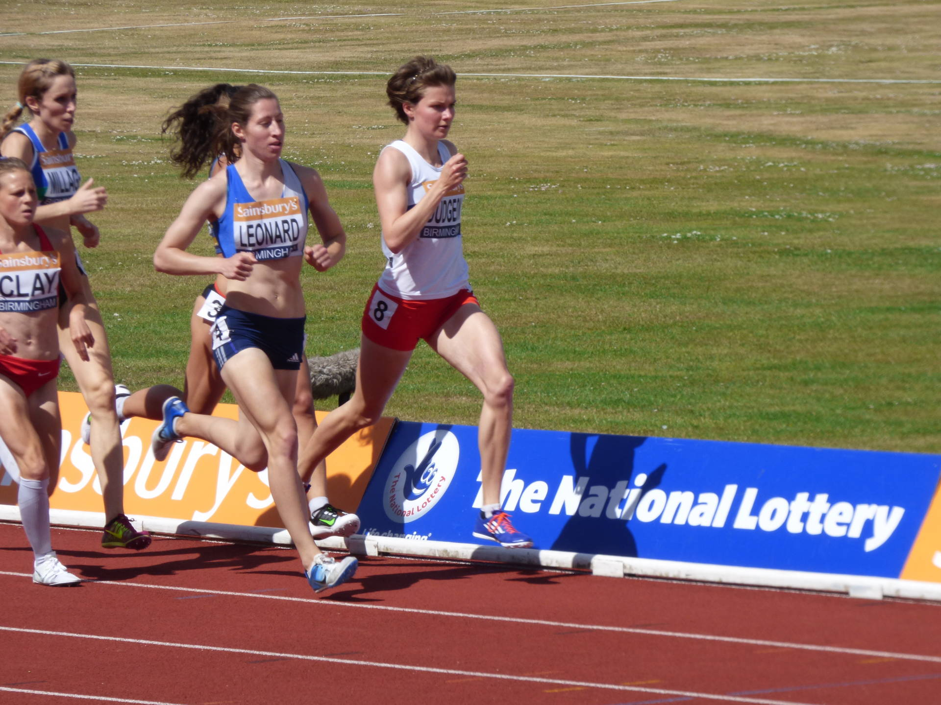 Alison opens up 2016 with an Indoor 1500m PB and a World Indoor Championships Qualifying Time
