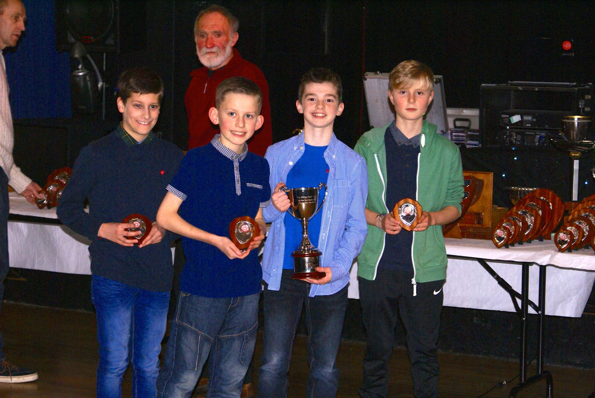 Harriers win Awards at the Red Rose Cross Country League