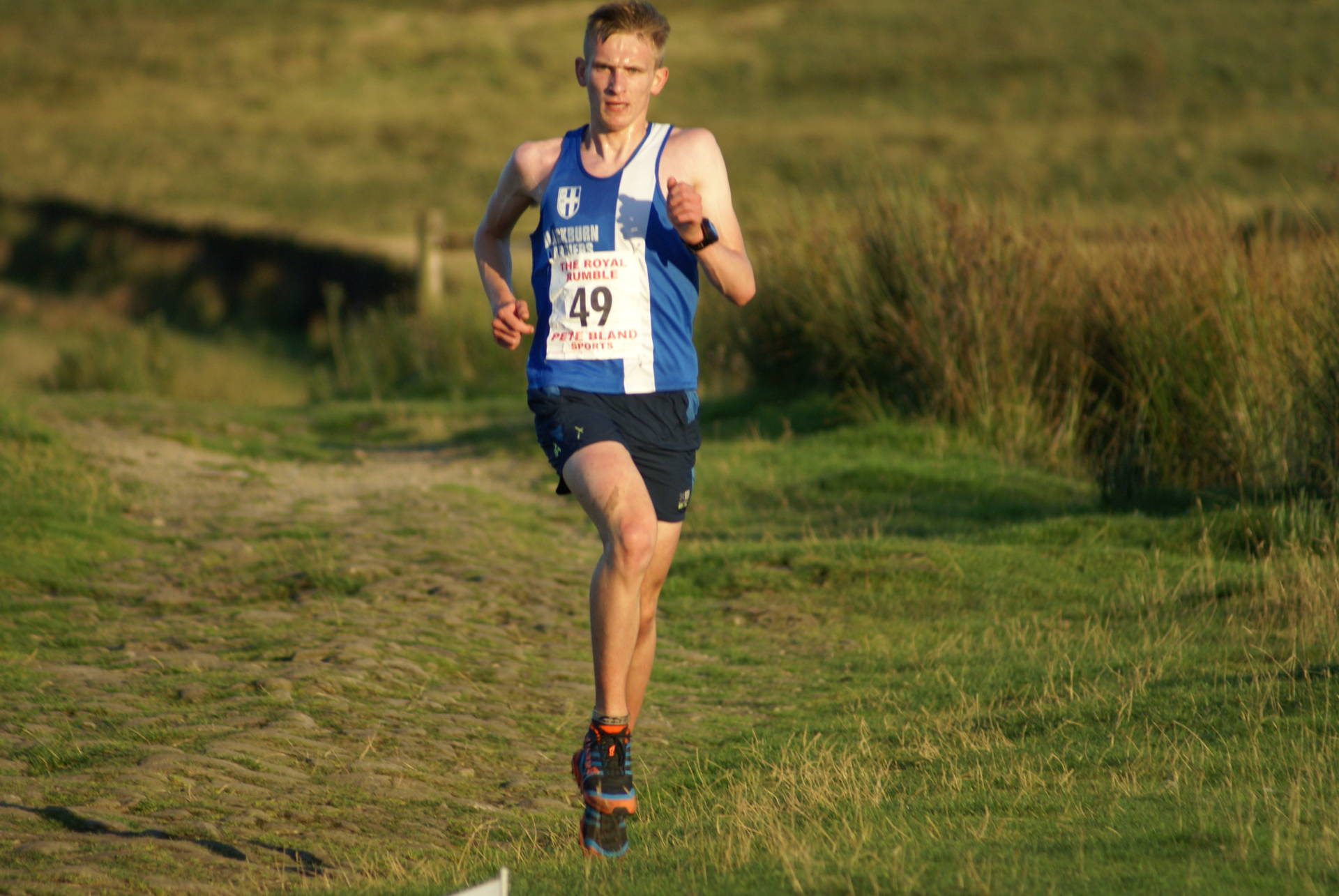 Royal Rumble win for Jack – PB's for Harriers youngsters at Warrington Open & Trafford Medal Meeting – Seasons 1500m best for Rob in BMC – Joe wins Vernon 5k