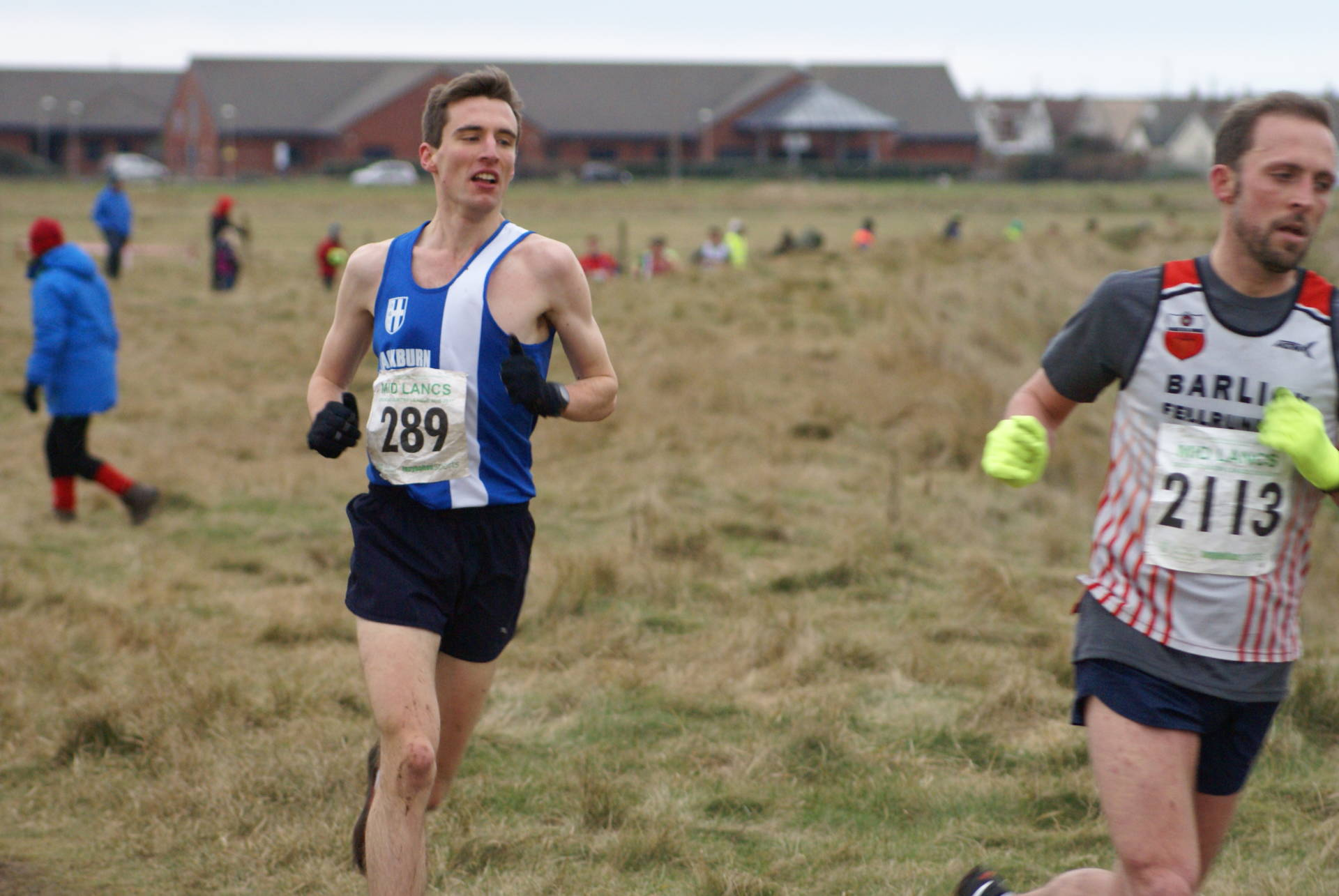 Mid Lancs League at Rossall – Win for Rachel at Windy Hill – Vet Wins for Paul & Joanne at Parbold Hill Race – Matt is 1st V45 at Fastrax 5k