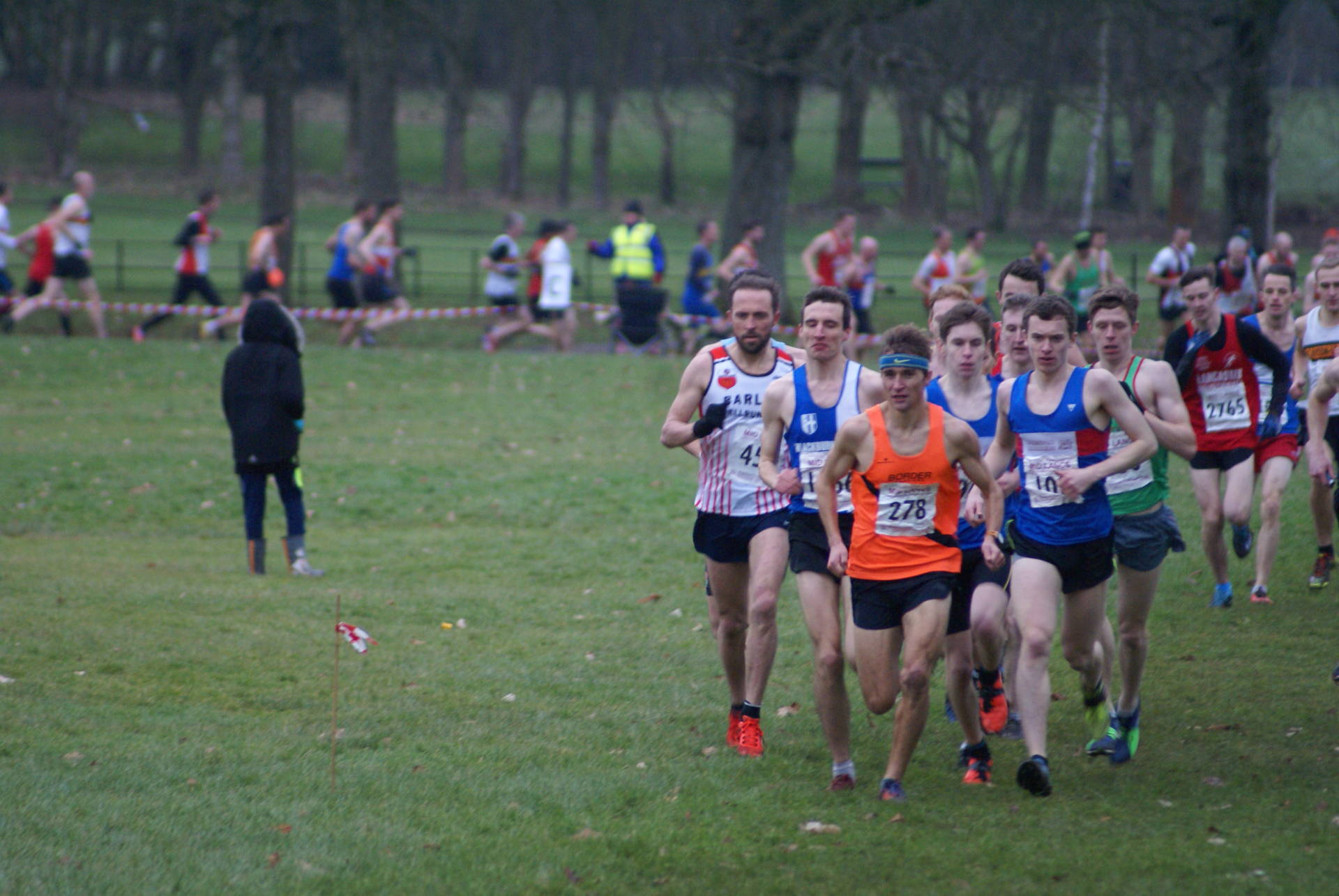 Team Wins for U13G – U15B – Men's Vets at Towneley Hall – Thompsons on Tour in the Blue & White – Katie & Joe have strong runs for University XC