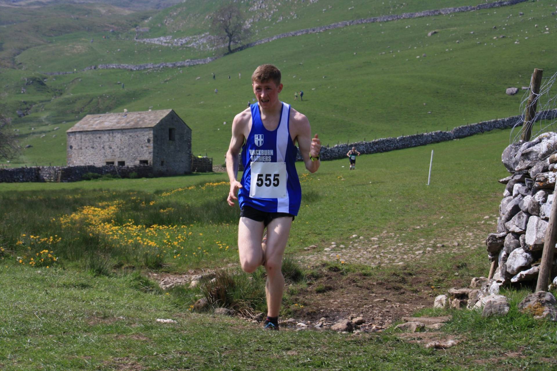 Ben Wins Wesham Summer 10k – Thomas 2nd at Malham – Top Ten for John at Harrock Hill Race – Becky at Cheshire Sprint Triathlon