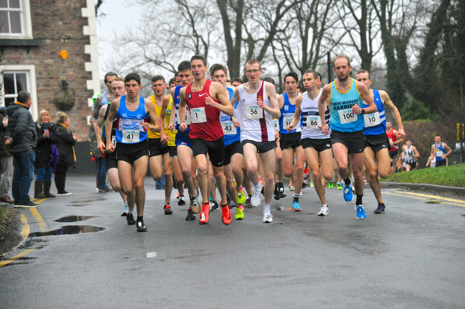Race Records broken at Ribble Valley 10k & Harriers set 12 New PB's + Northern Championship Medals – Burnley Christmas Cracker 4 Mile – Boxing Day 10k – Whinberry Naze