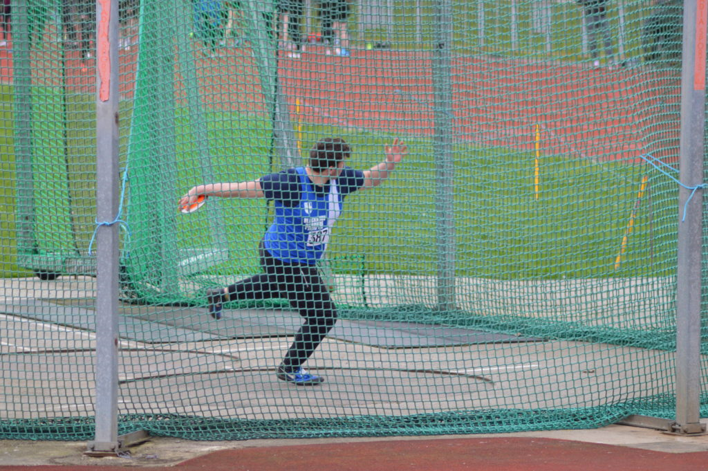 Anthony Sets two New Club Records in Discus & Shot – 6th place for Senior Men at 12 Stage & Jess Runs Fastest Long Leg of the Day – Jess Wins Cheshire 10k & Rob sets new 10k PB – Suceess for Lancashire in Regional Sportshall Finals – Victoria 2nd at Buttermere & On the Fells