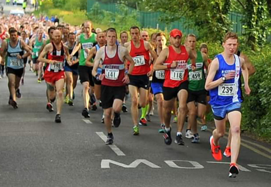 Ben Wins Burnley Lions 10k & Ben 2nd at Wesham Summer 10k – Vet Wins for Chris & Lindsay – Leah Wins in Lanzarote