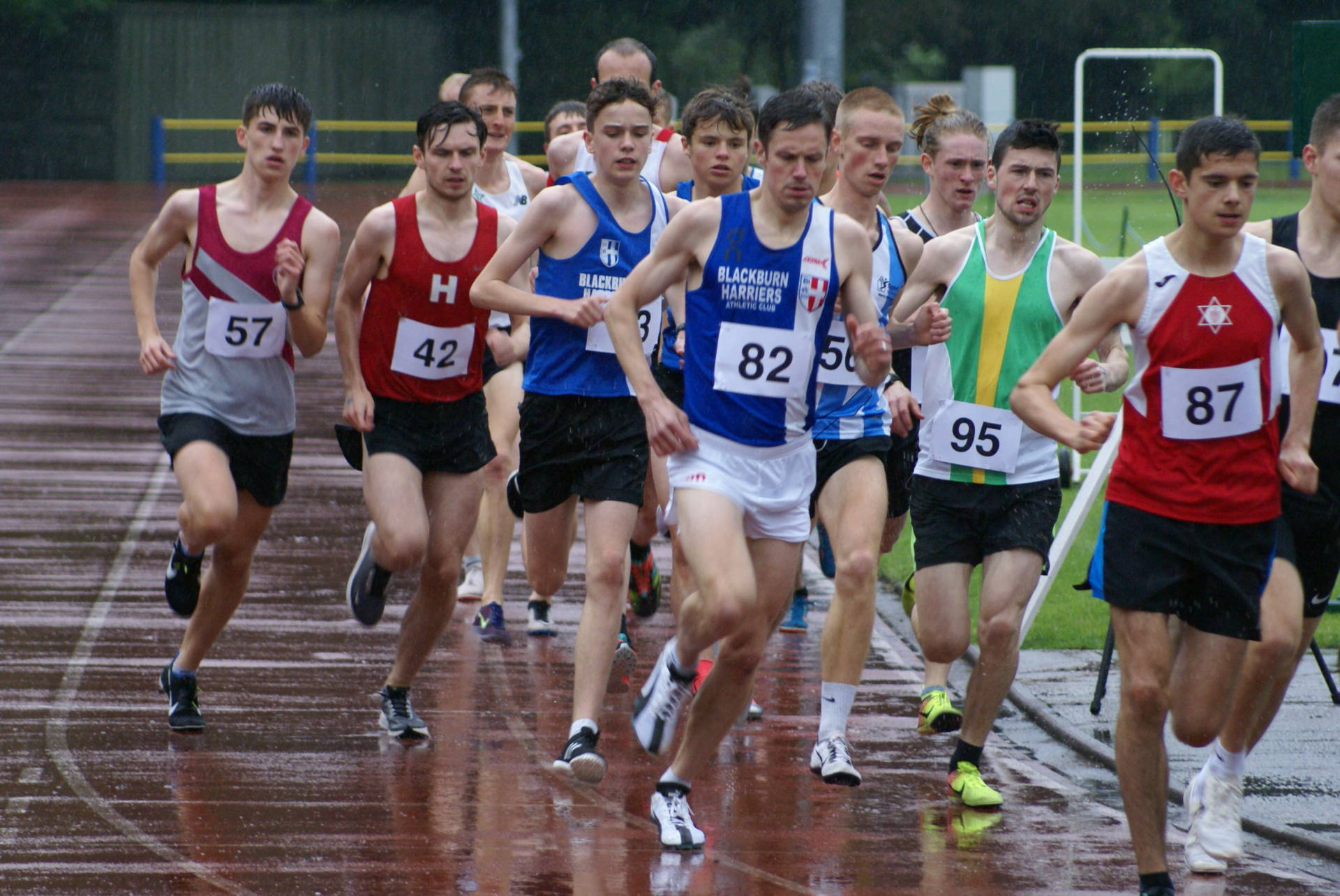 PB's for Harriers at Trafford – Tom in Mountain Running Trials – Chris and Paul in top 5 at Astley Park & Annabel 1st Woman – Matt & John tackle Pen-y-Ghent Race
