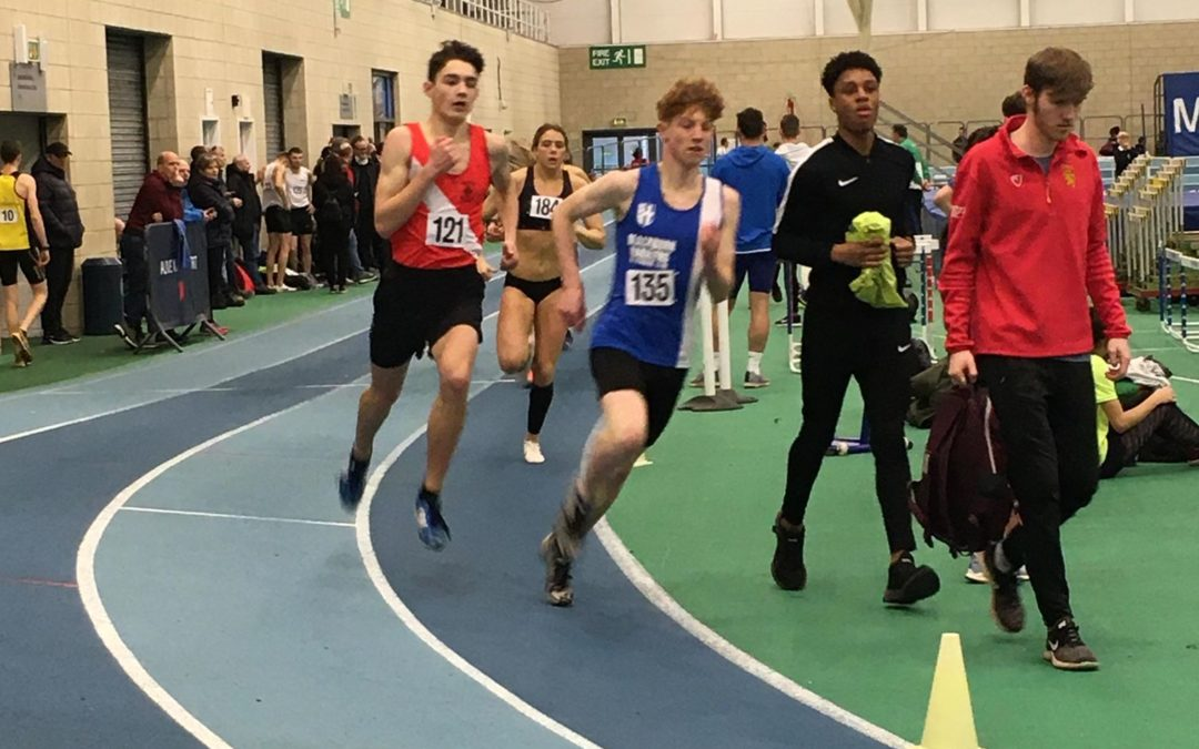 Thomas qualifies for National Indoor Championships – Wins & New PB's for Harriers Indoors – Joanne 1st V45 at St Anne's 10 mile