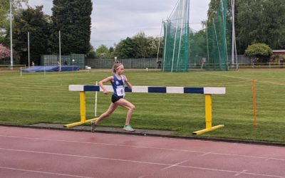 Another fabulous Race from Jess over 10000m in the US – Trafford Open for U15's & Matt goes to 2nd in High Jump National Rankings – Matt sets Road 10k PB
