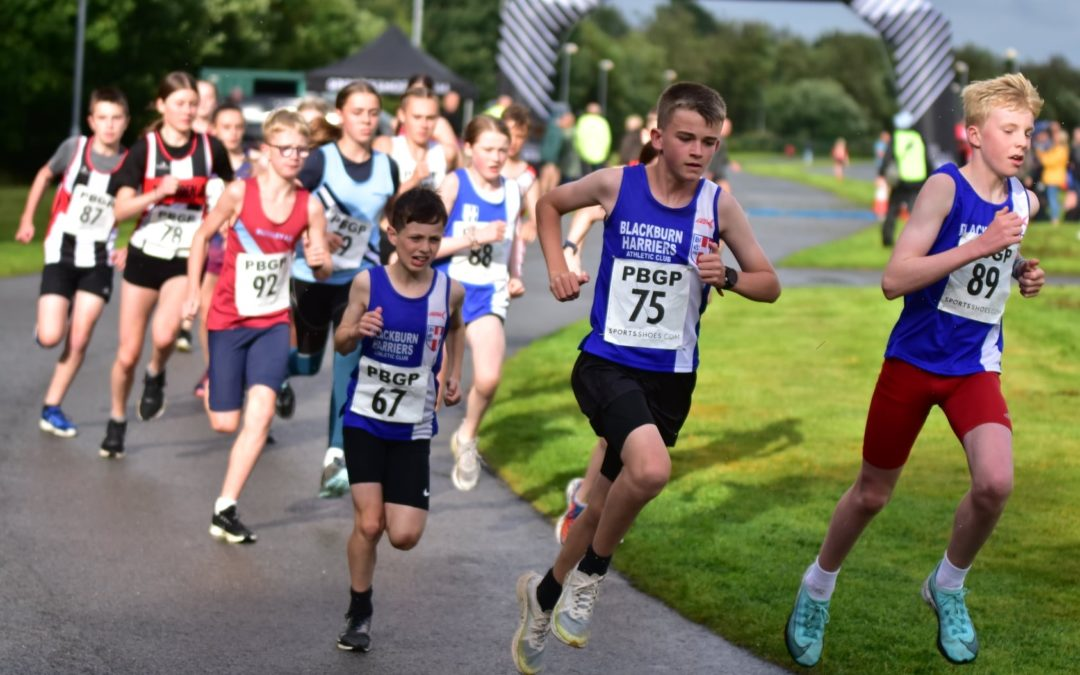New 5k PB for Tom – Theo, Oliver and Codie at top of the Standings in Pendle & Burnley Grand Prix Series